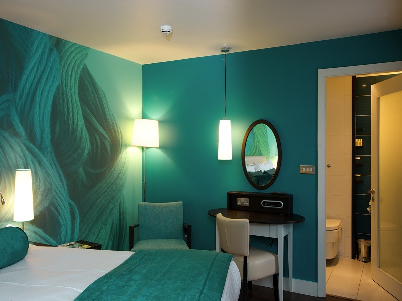 THE  MOST RELAXING COLORS TO PAINT A BEDROOM