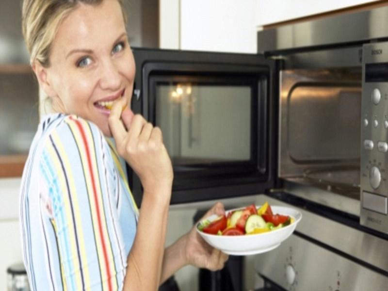 microwave oven advantages