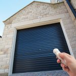 The advantages and disadvantages of electric garage doors